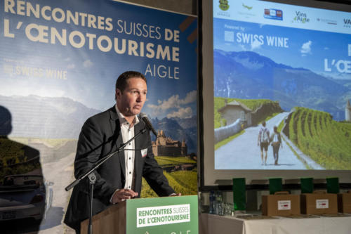 Yann Stucki présente les Best of Wine Tourism - Prix suisse de l'oenotourisme - 03.09.2021 - Château d'Aigle